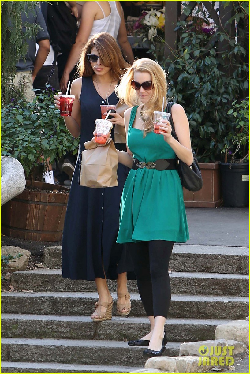 eva mendes the trails at griffith park lunch 05