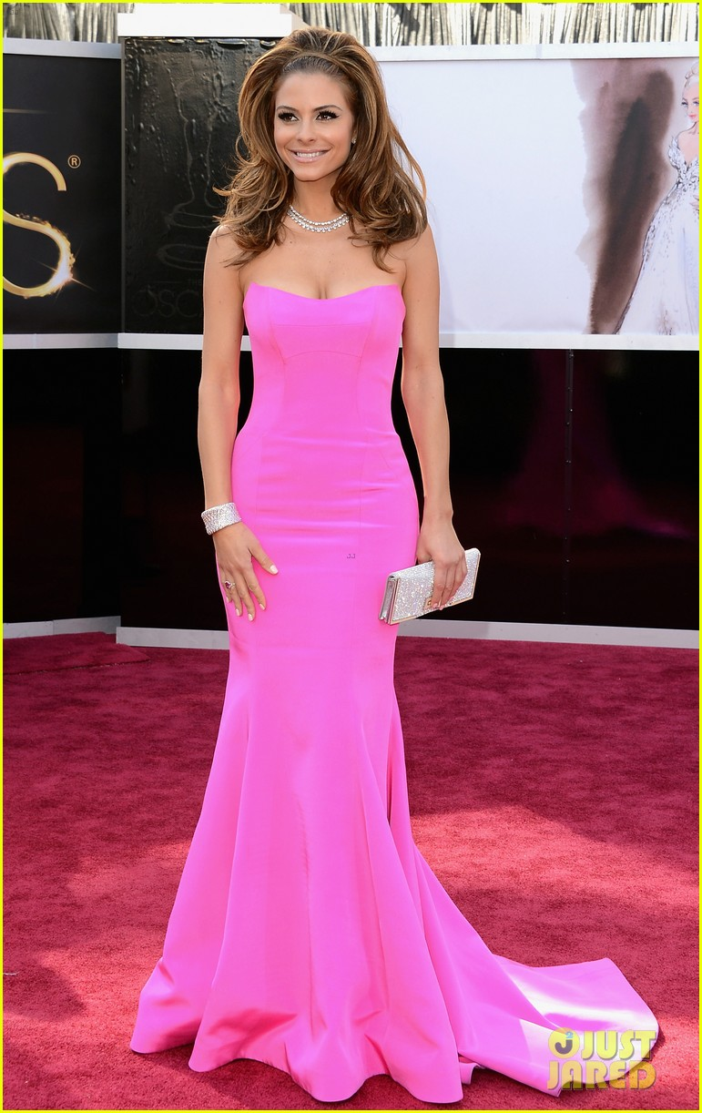 maria menounos mario lopez oscars 2013 red carpet 01