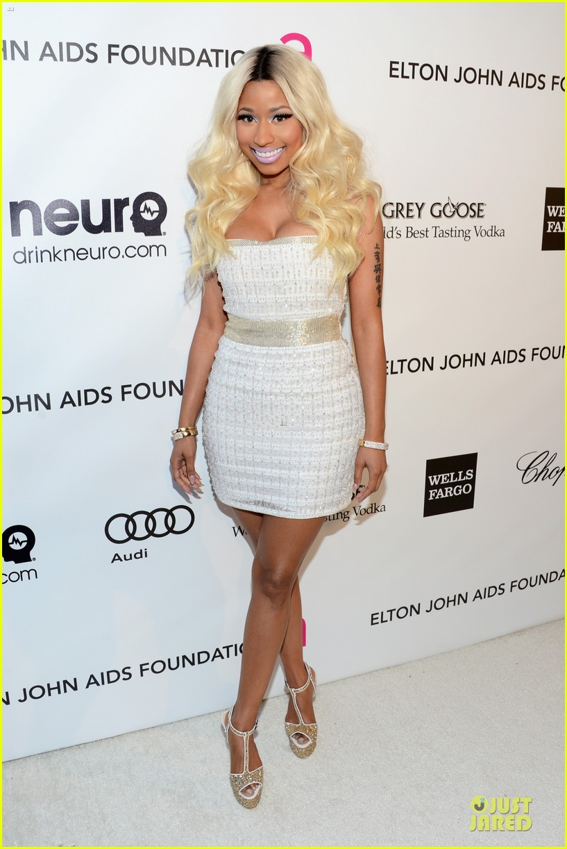 nicki minaj elton john oscars party 01