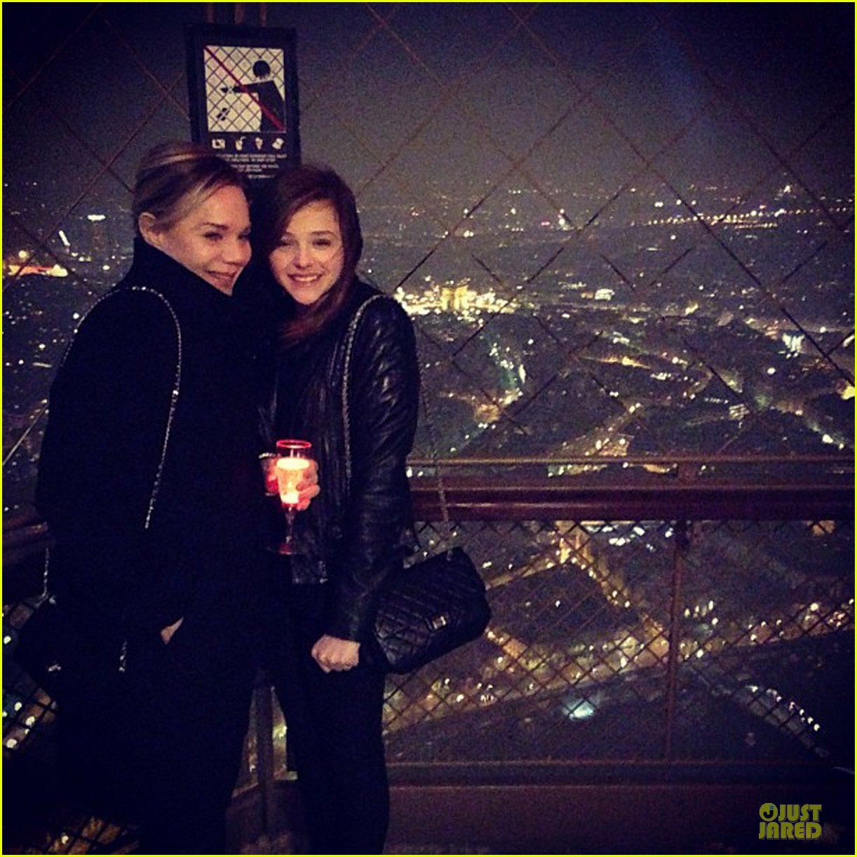 chloe moretz eiffel tower tour with mother teri 05