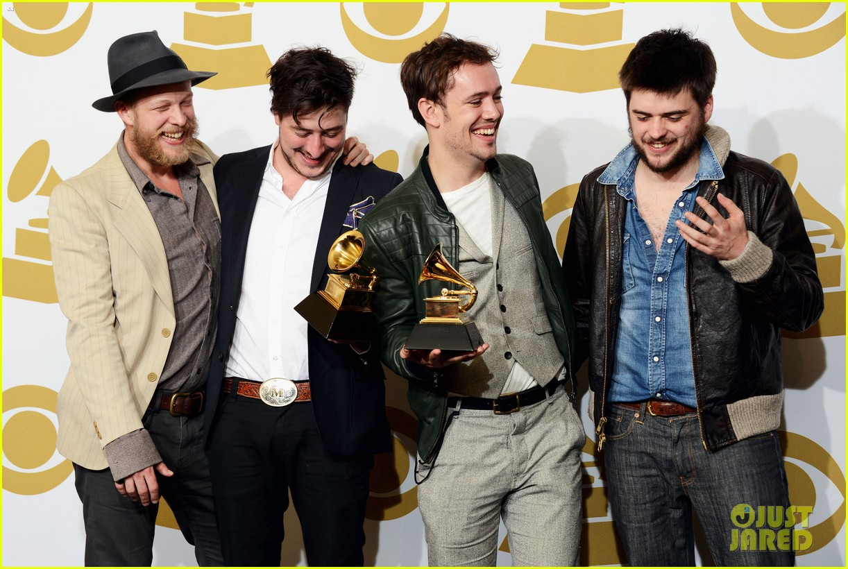 carey mulligan grammys 2013 with marcus mumford 08