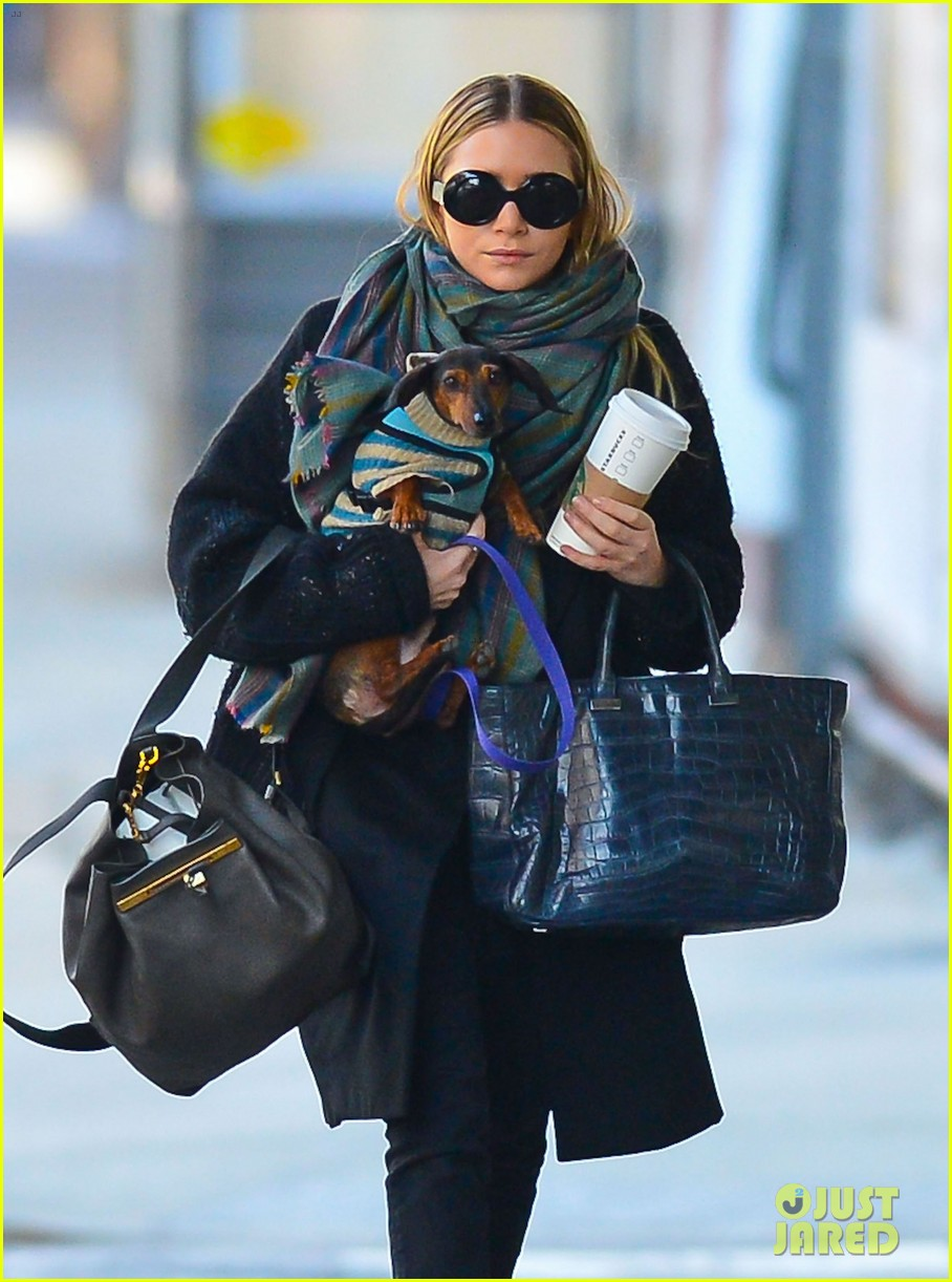 ashley olsen west village walk 02