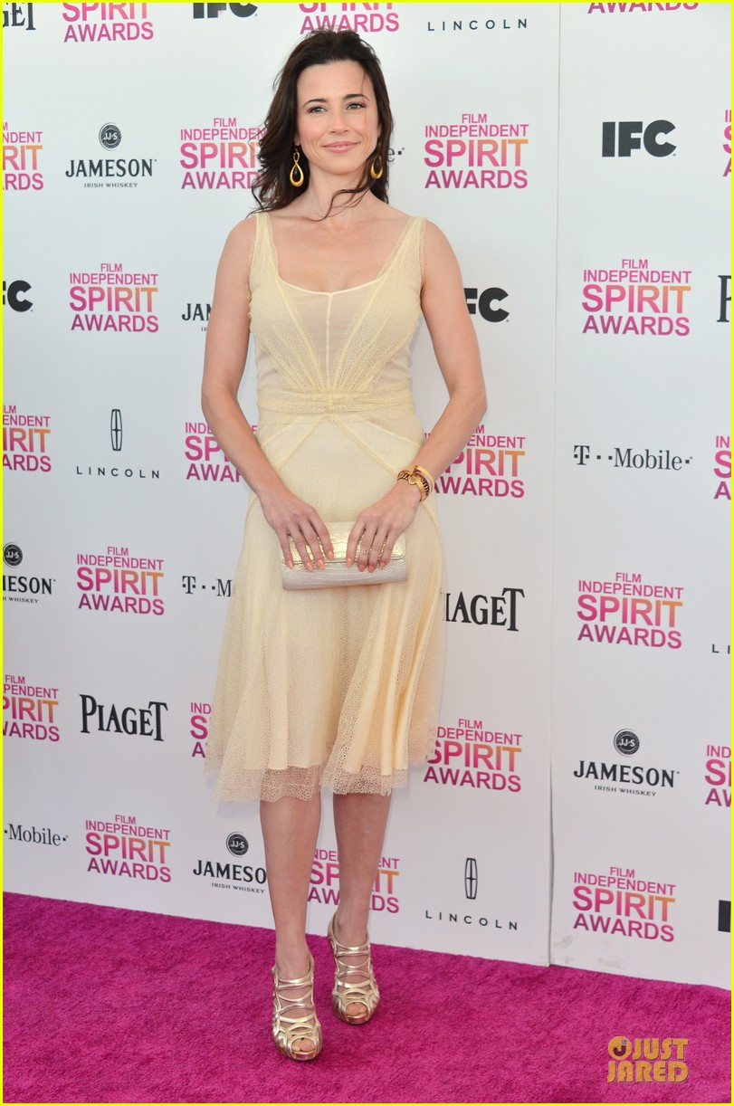 ellen page linda cardellini independent spirit awards 2013 052818033
