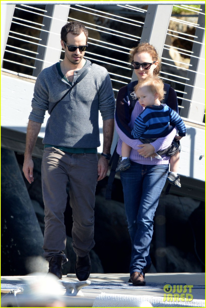 natalie portman benjamin millepied whale watching with aleph 072814303