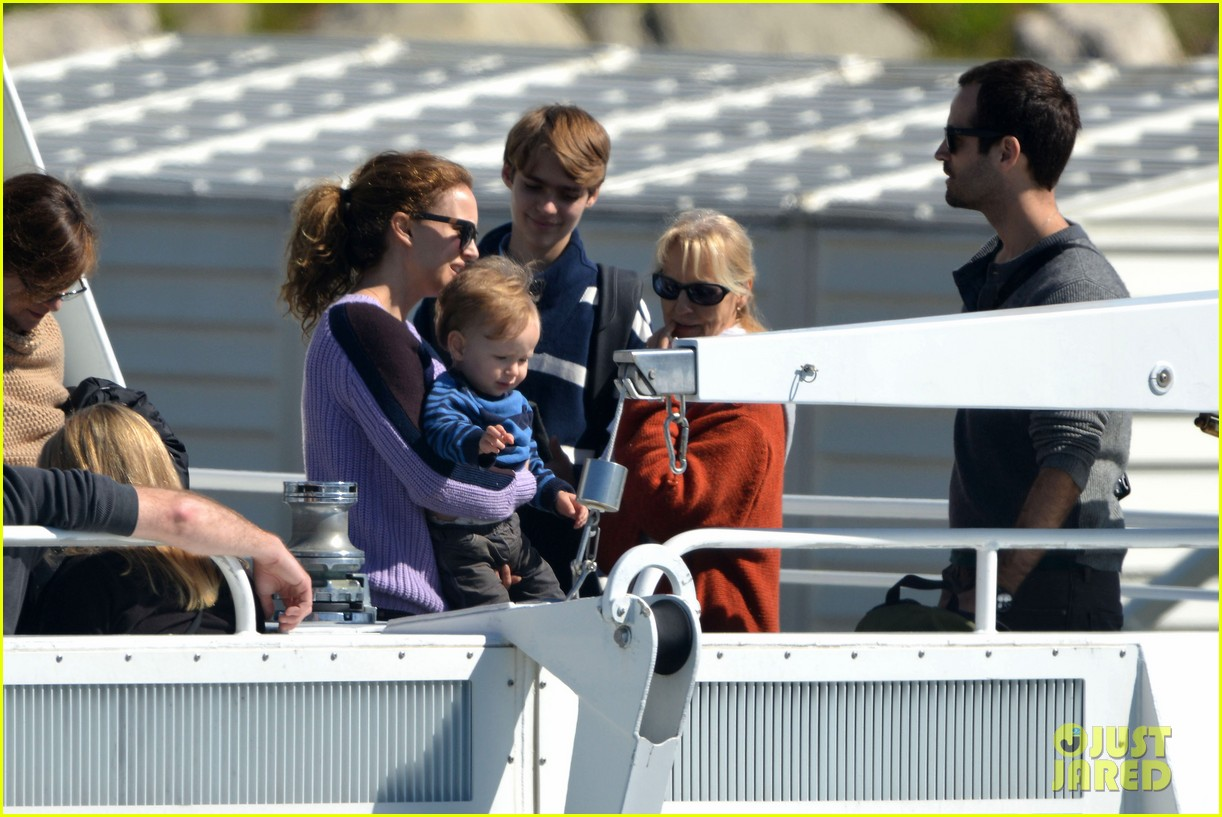 natalie portman benjamin millepied whale watching with aleph 24
