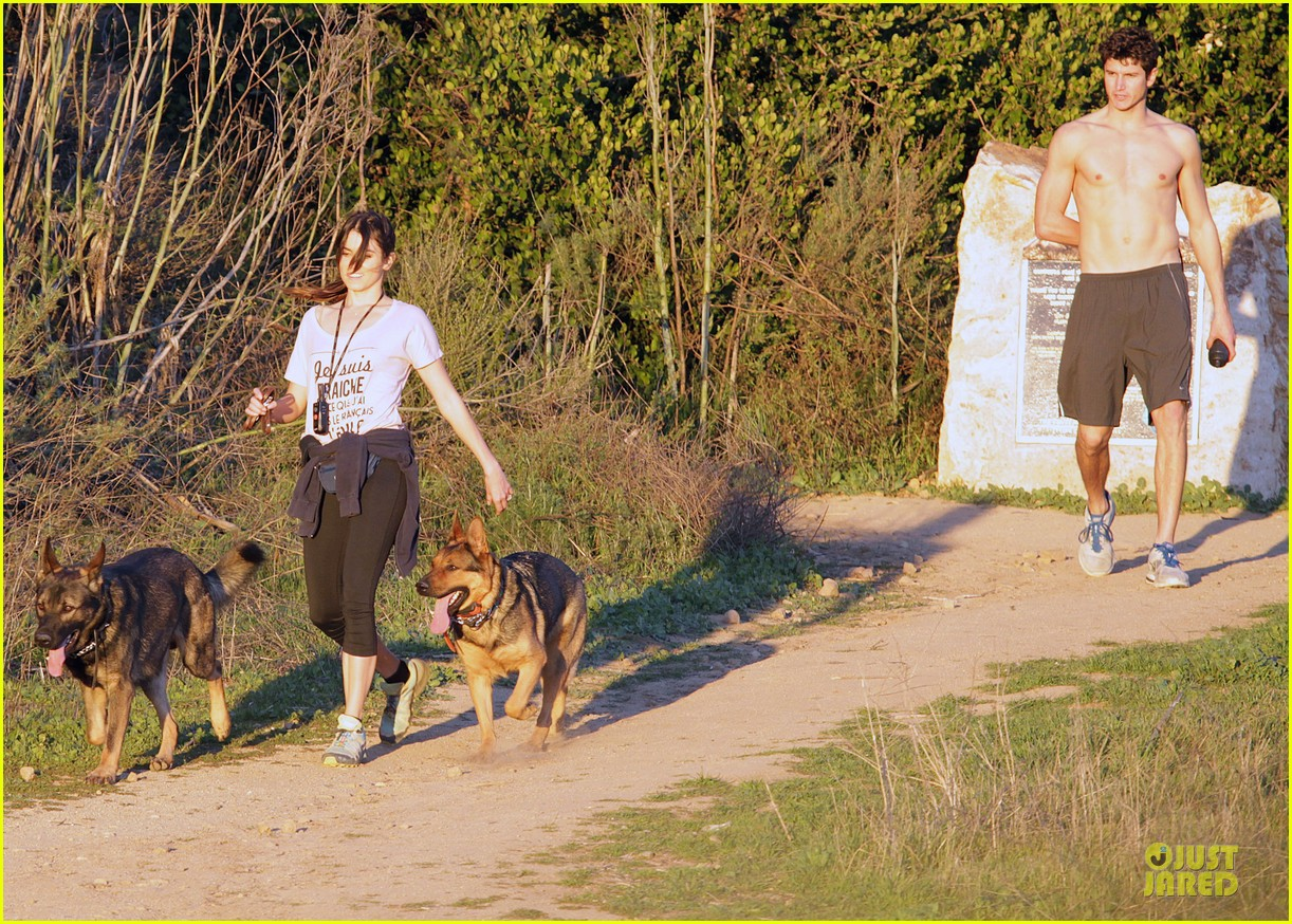 nikki reed super bowl hiking with shirtless brother nathan 11