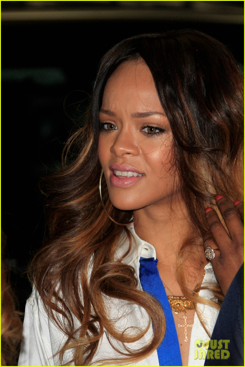 rihanna chris brown rocnation pre grammys brunch 2013 02