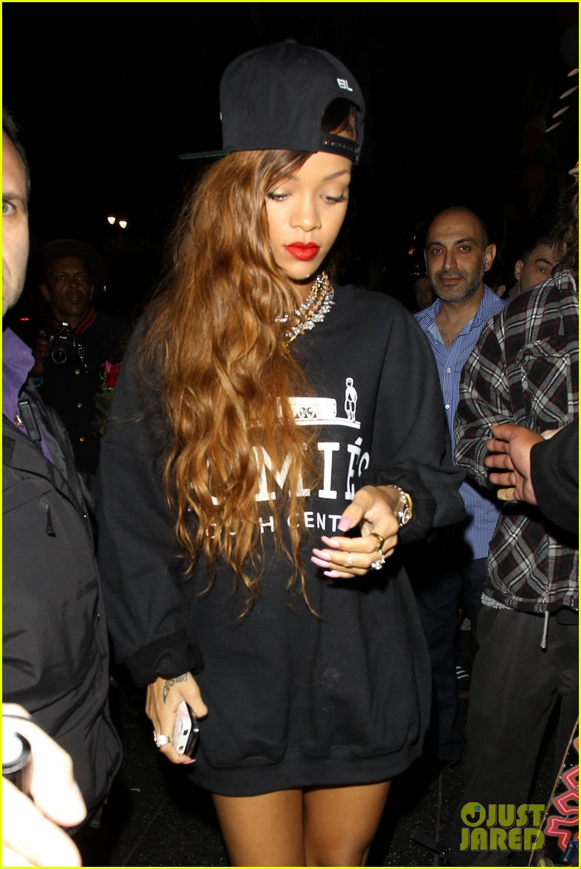 rihanna supper club with chris brown 042821653