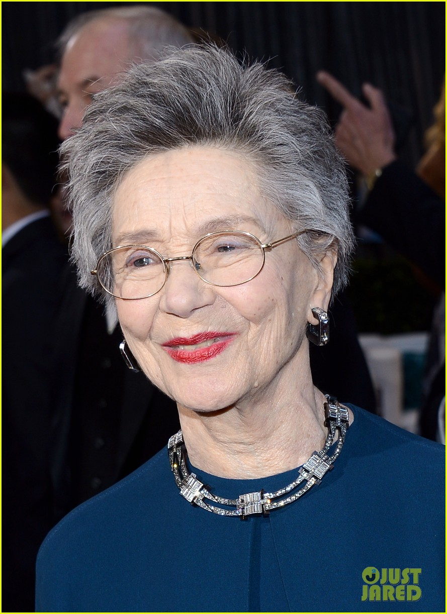 emmanuelle riva oscars 2013 red carpet 02