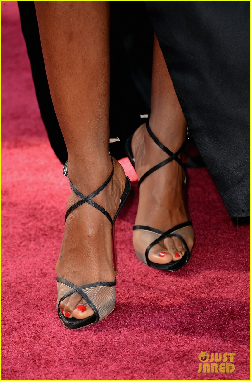kelly rowland oscars 2013 red carpet 10