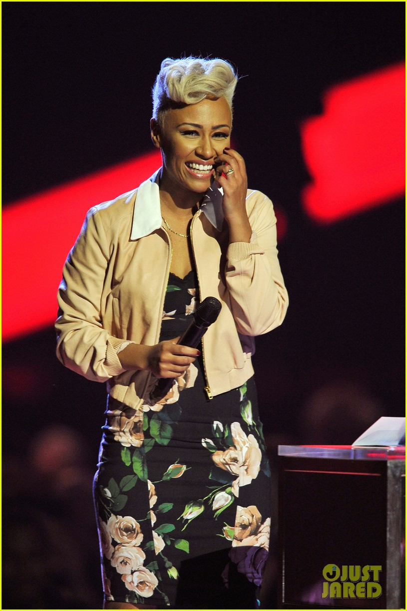 emeli sande brit awards 2013 performance red carpet 05