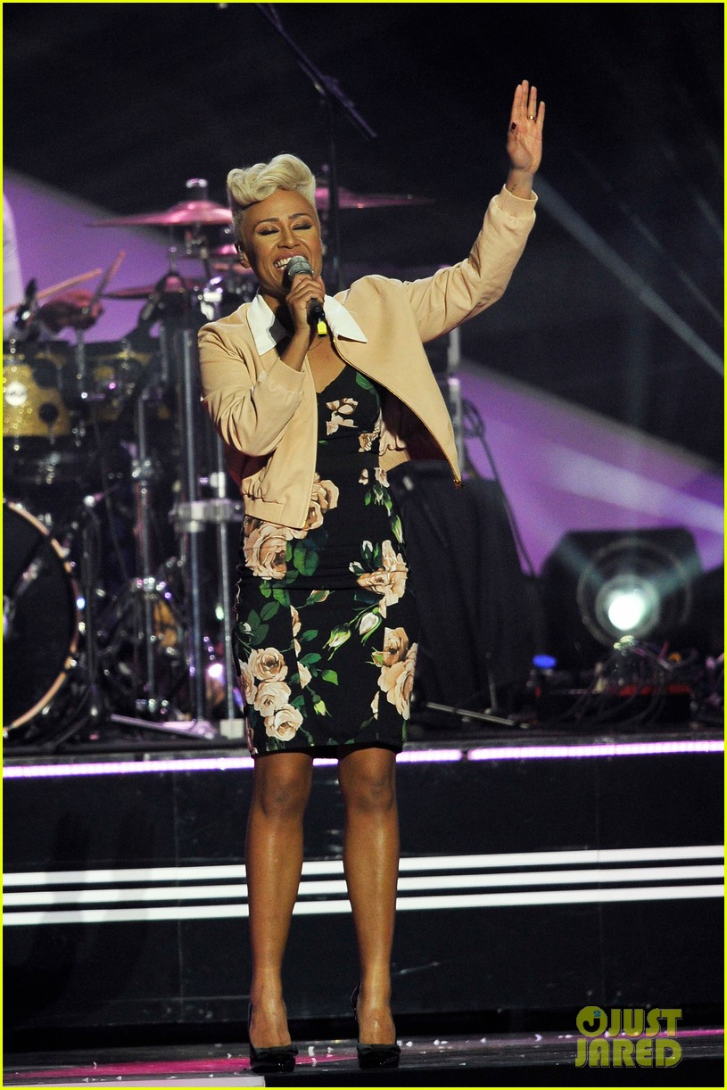 emeli sande brit awards 2013 performance red carpet 122815946