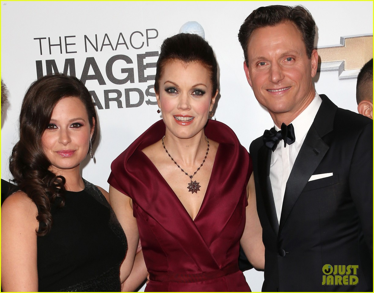 tony goldwyn scandal wins naacp best drama series 09