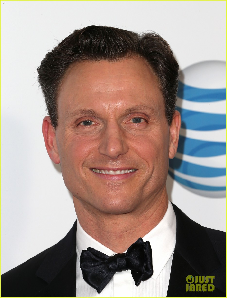 tony goldwyn scandal wins naacp best drama series 10