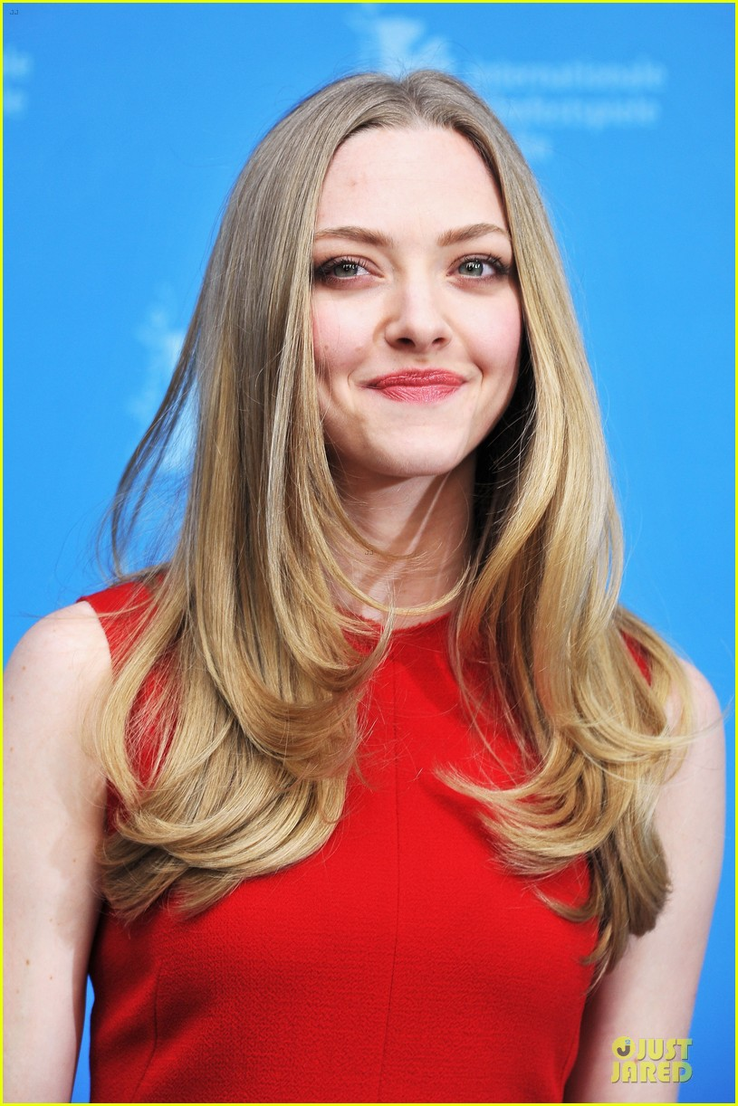 amanda seyfried james franco lovelace berlin premiere 06