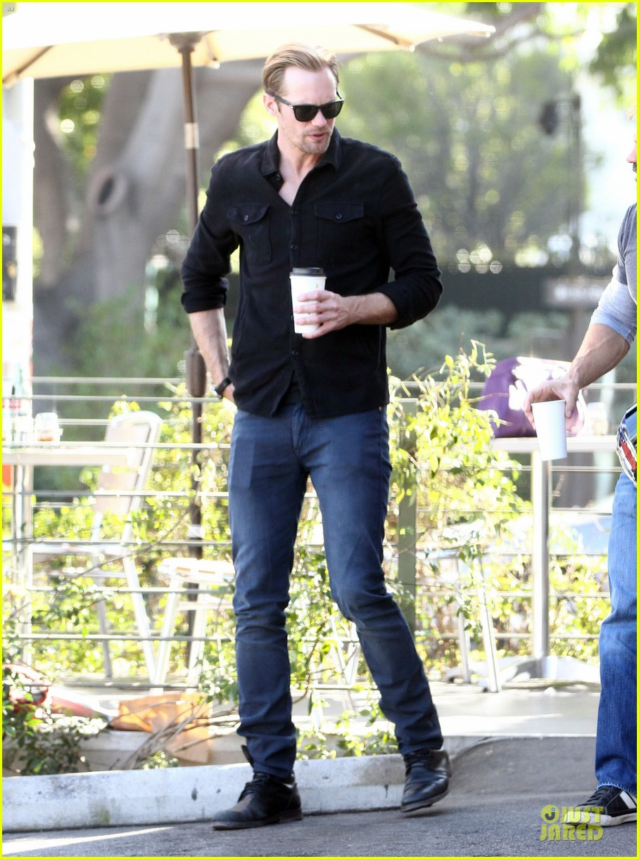 alexander skarsgard post super bowl lunch in los feliz 19