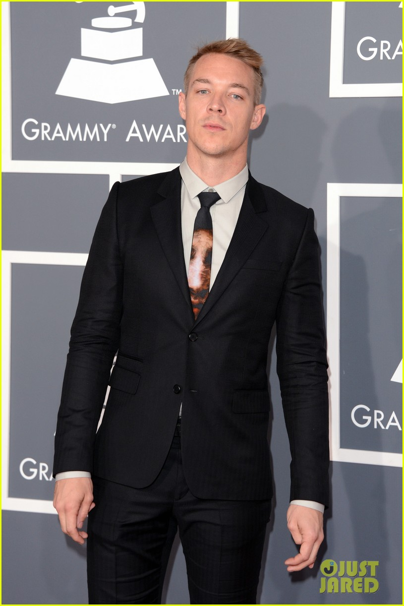 skrillex diplo grammys 2013 red carpet 10