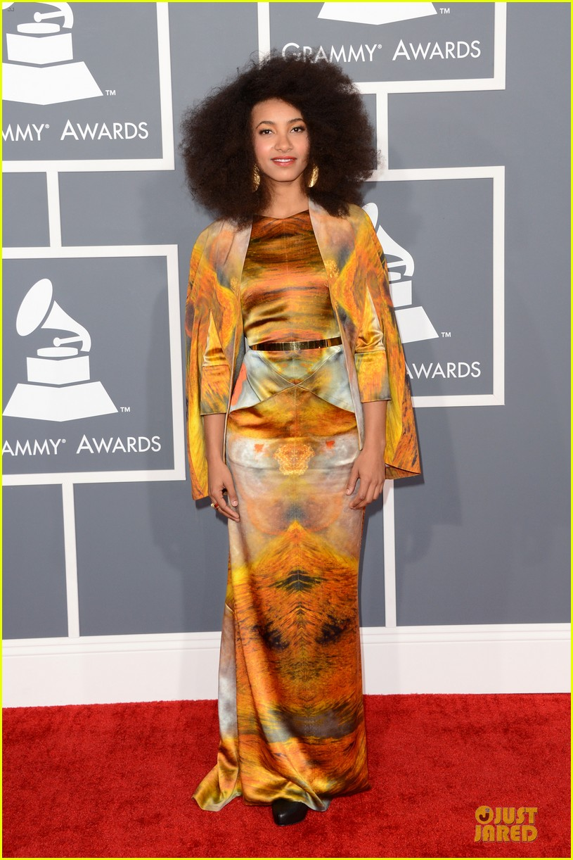 esperanza spalding grammys 2013 red carpet 05