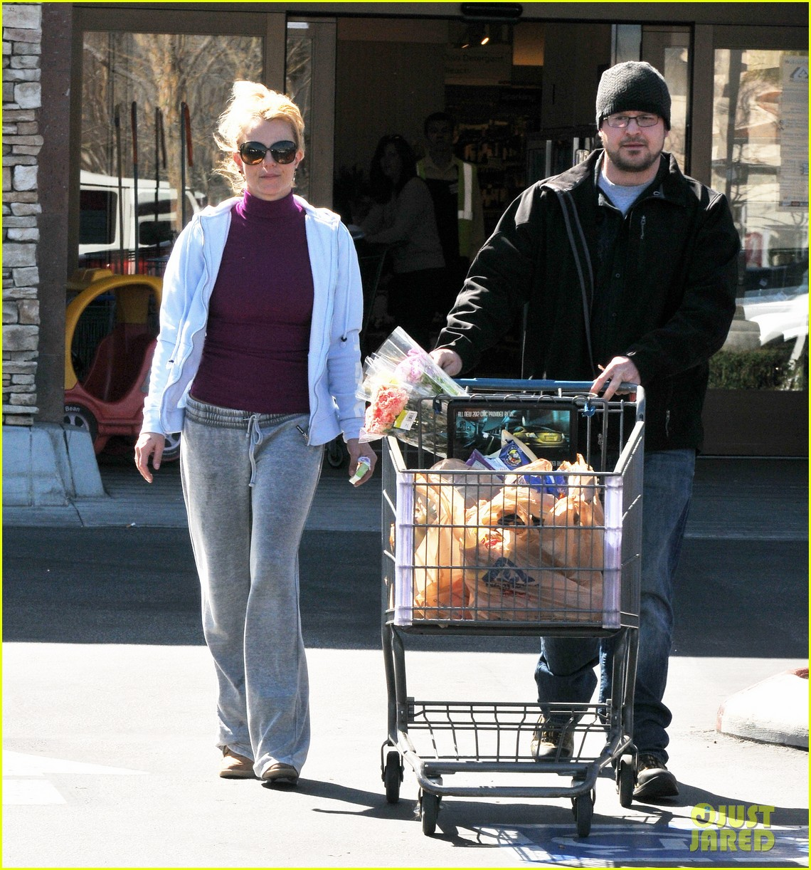 britney spears sunday albertsons stop 05