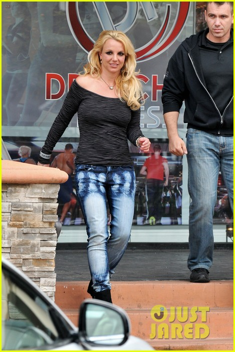 britney spears solo spa day 07