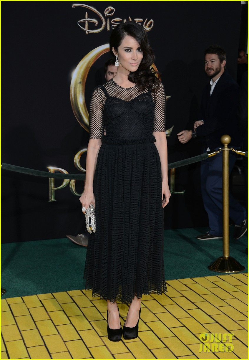 abigail spencer zach braff oz premiere 192811860
