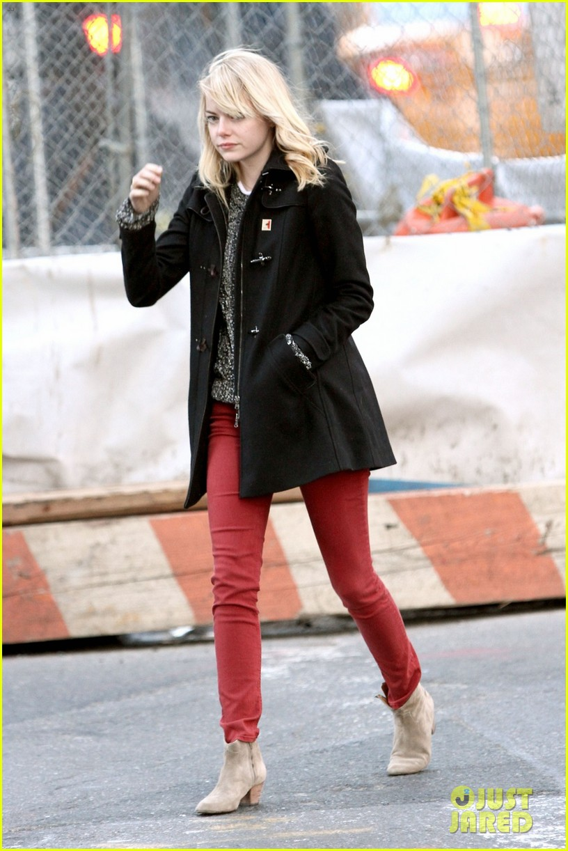 emma stone tribeca lunch with a mystery male 032816661