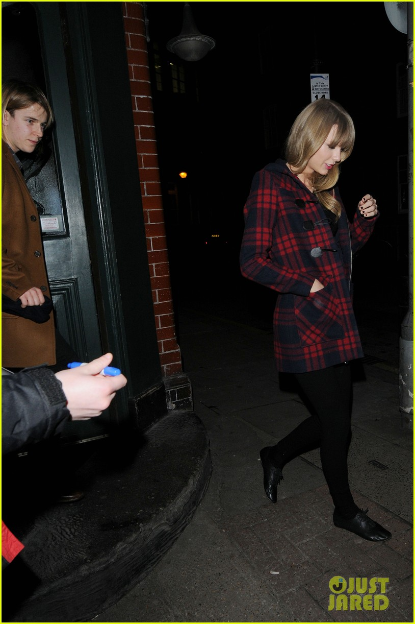taylor swift london night out with tom odell 08