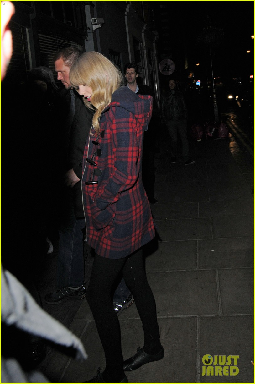 taylor swift london night out with tom odell 102816658