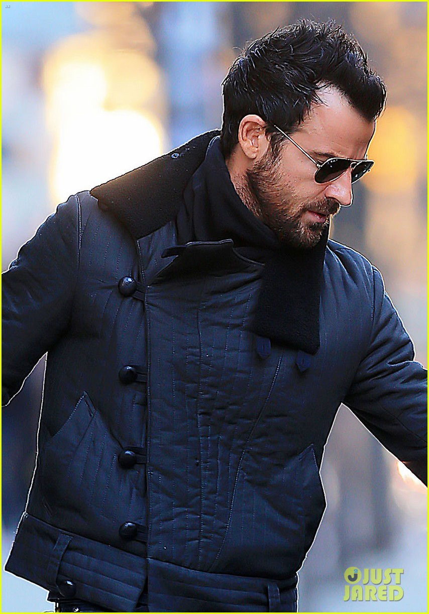 justin theroux monday morning meeting man 02