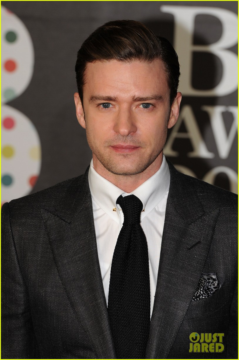 justin timberlake brit awards 2013 red carpet 02