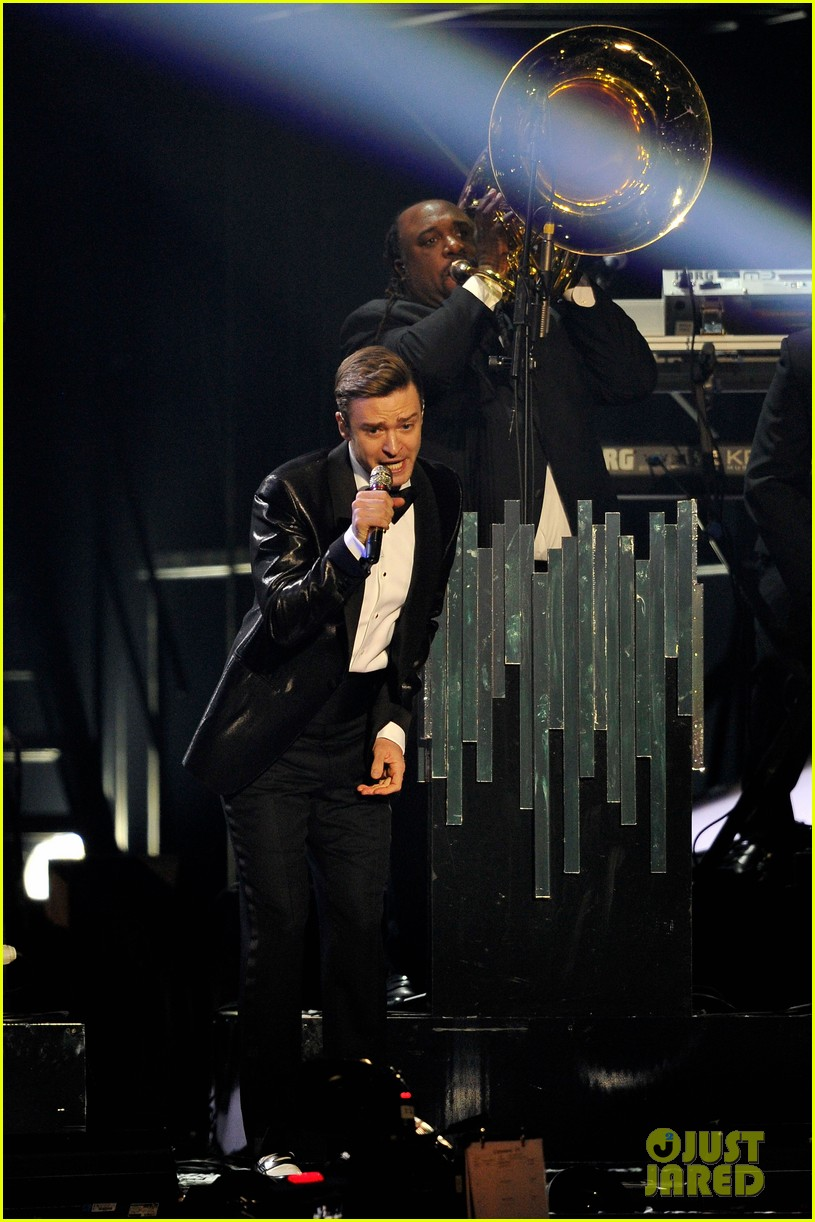 justin timberlake brit awards mirrors performance video 13