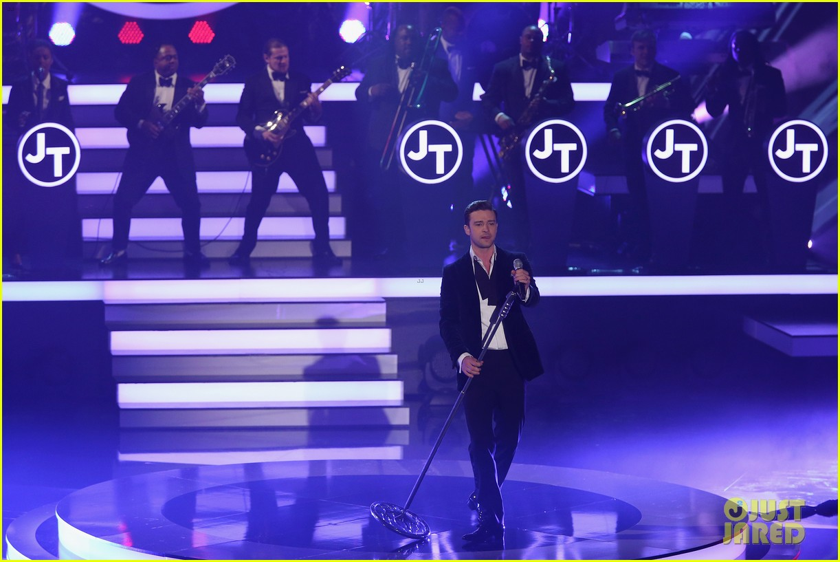 justin timberlake performs mirrors on wetten dass 06