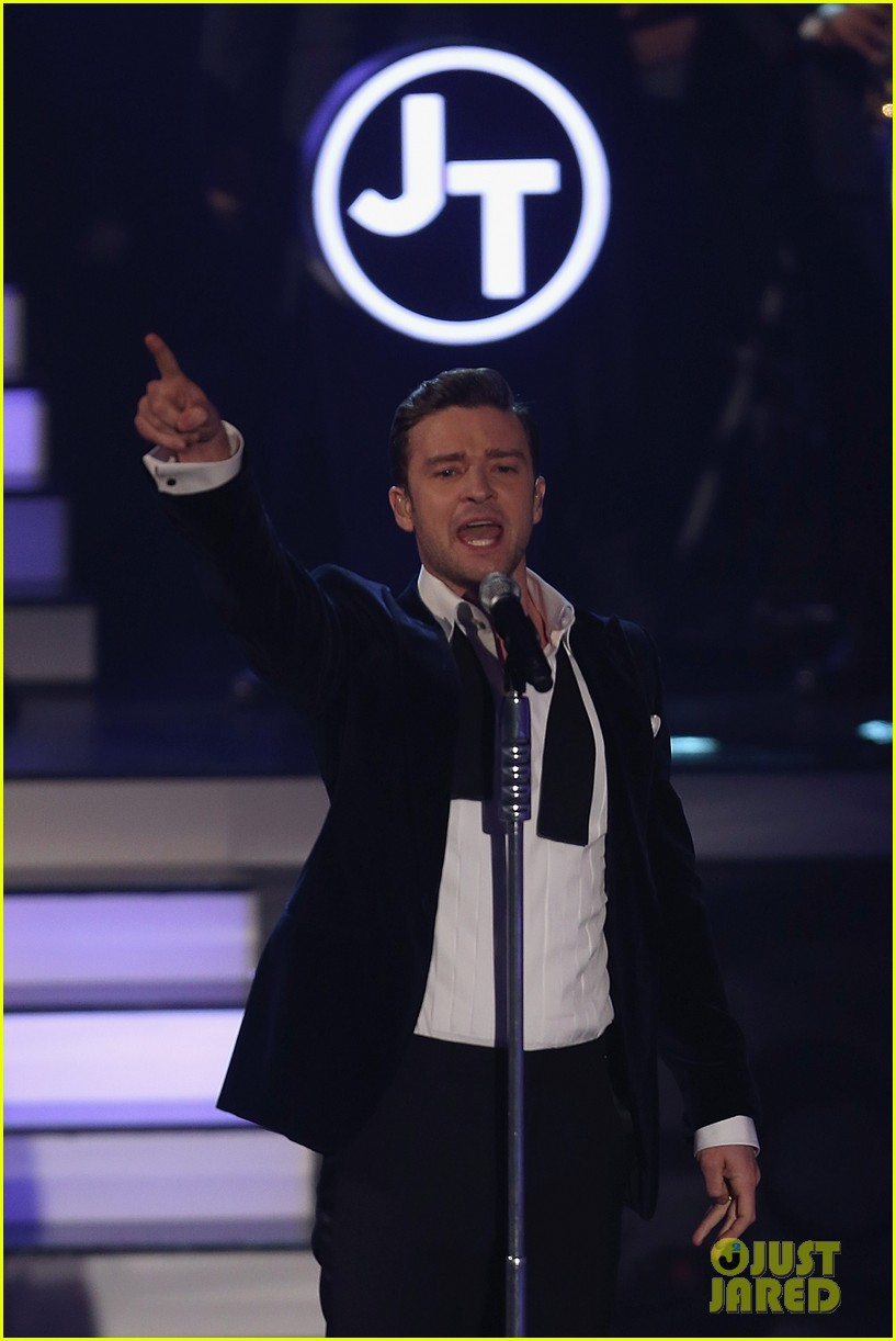 justin timberlake performs mirrors on wetten dass 24