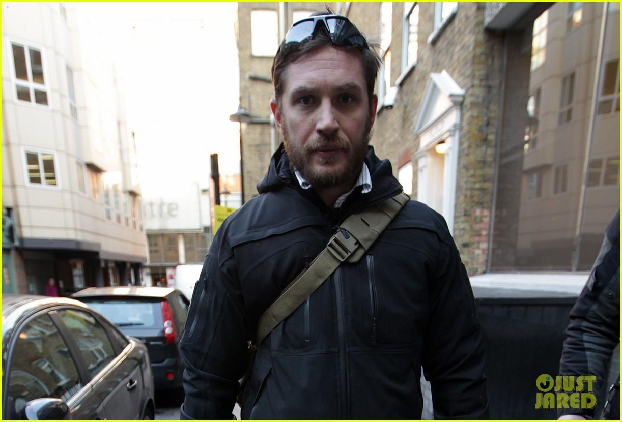 tom hardy london meeting man 01