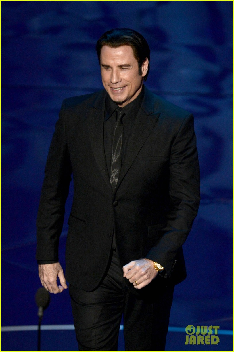 john travolta kelly preston vanity fair oscars party 2013 04