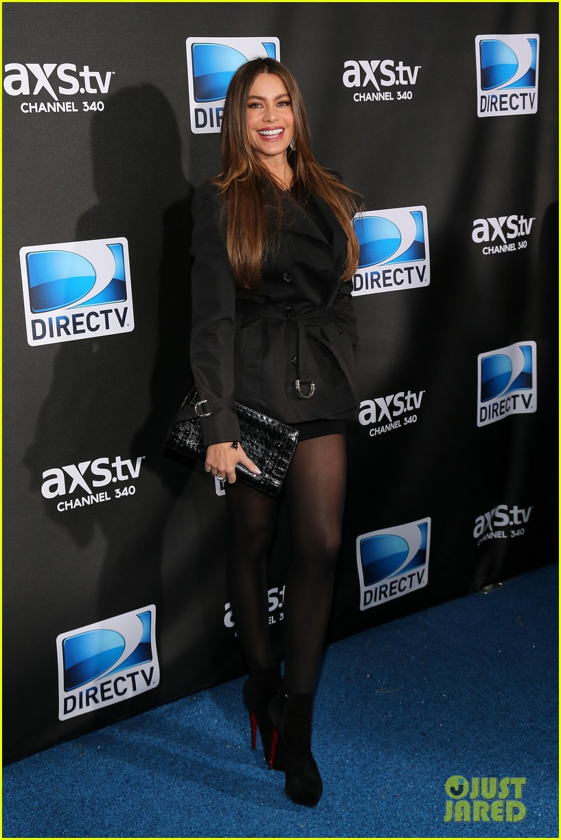 sofia vergara nina dobrev directv super bowl party 08