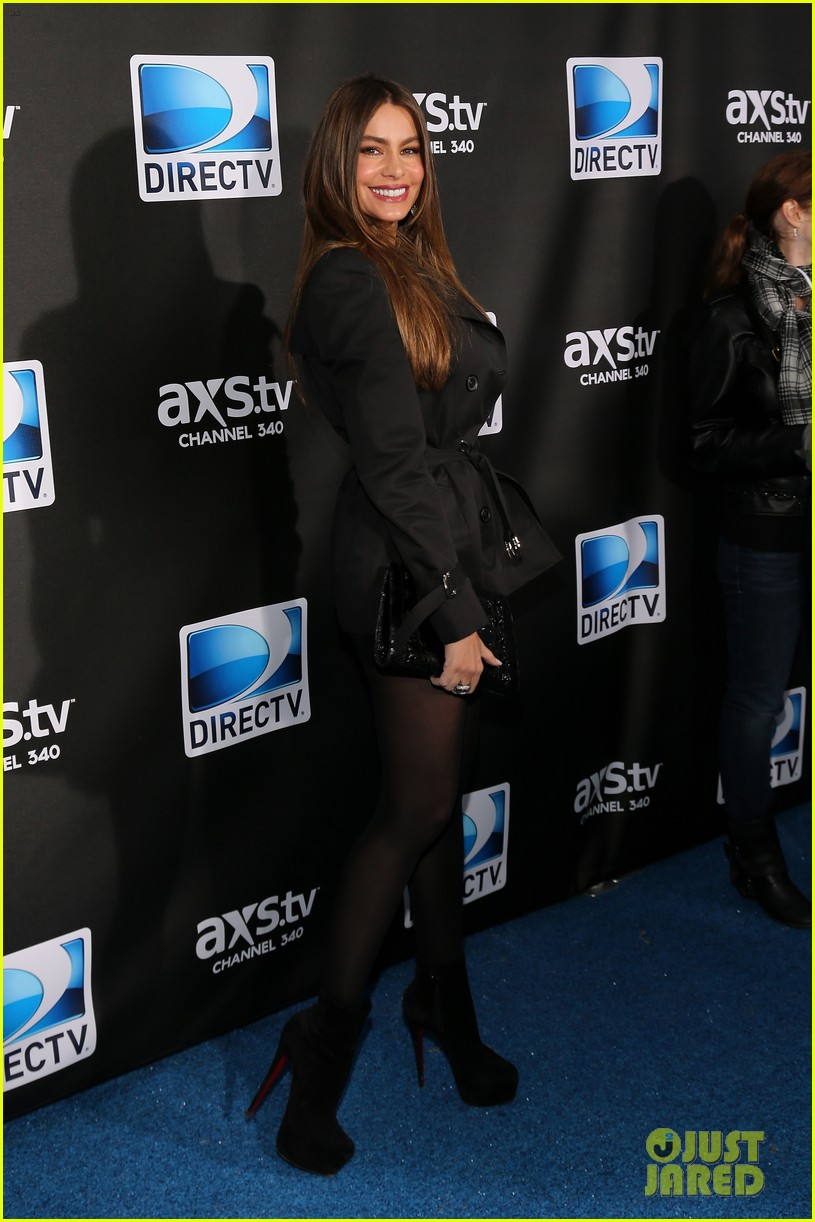 sofia vergara nina dobrev directv super bowl party 262803917
