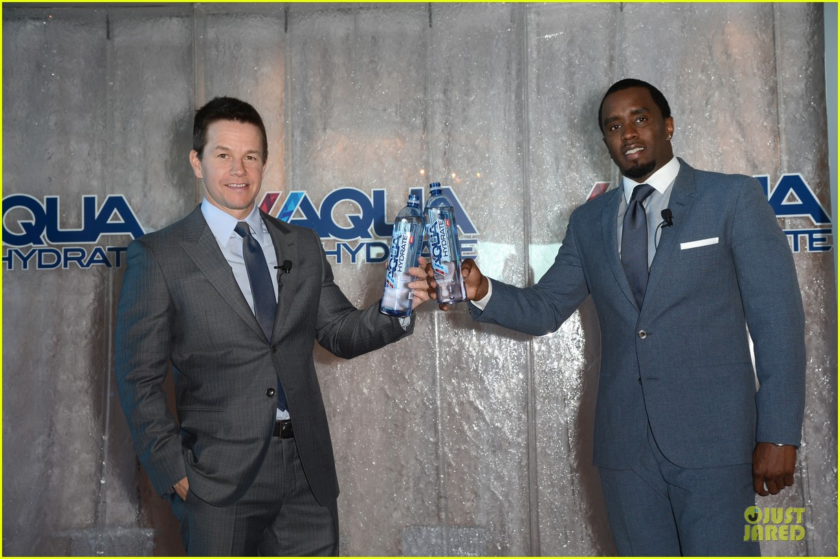 mark wahlberg sean combs aquahydrate press conference 122822021