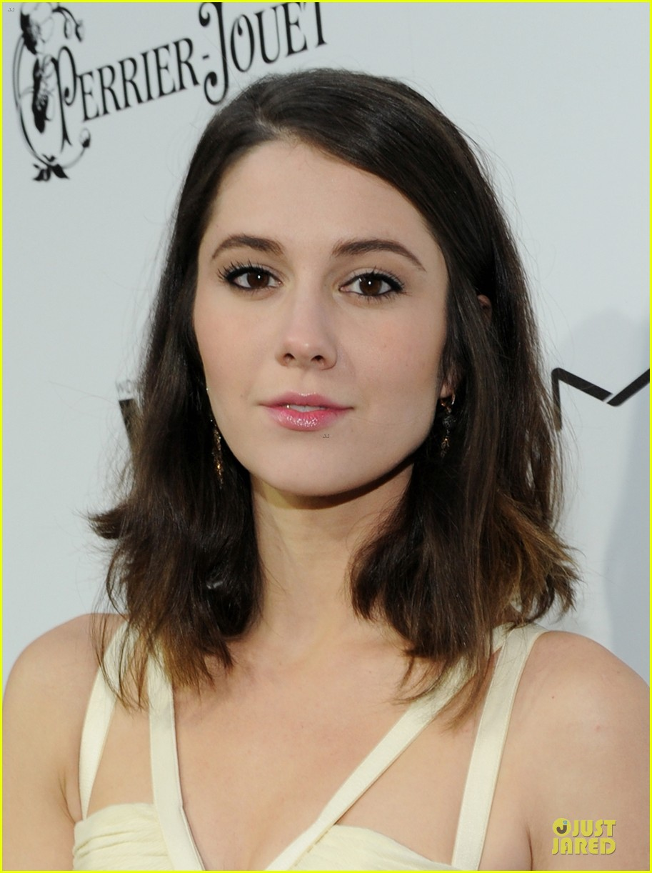 kate walsh mary elizabeth winstead women in film pre oscar cocktail party 02