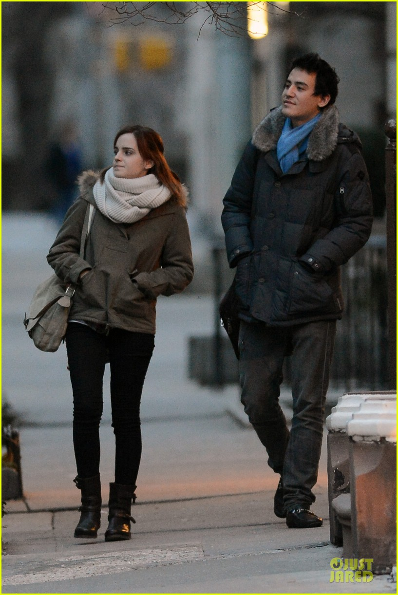 emma watson will adamowicz romantic stroll after valentines day 072813611