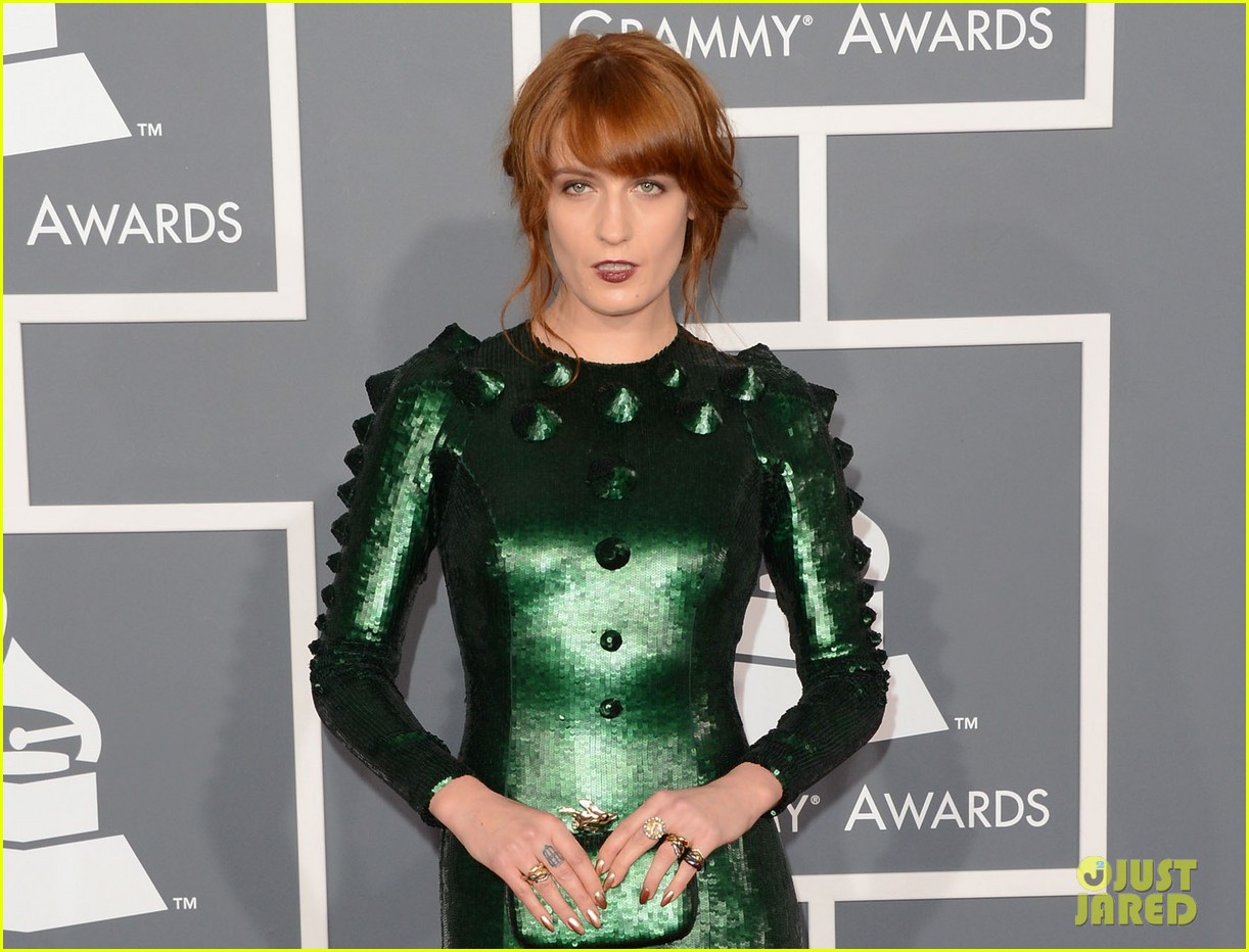 florence welch grammys 2013 red carpet 02