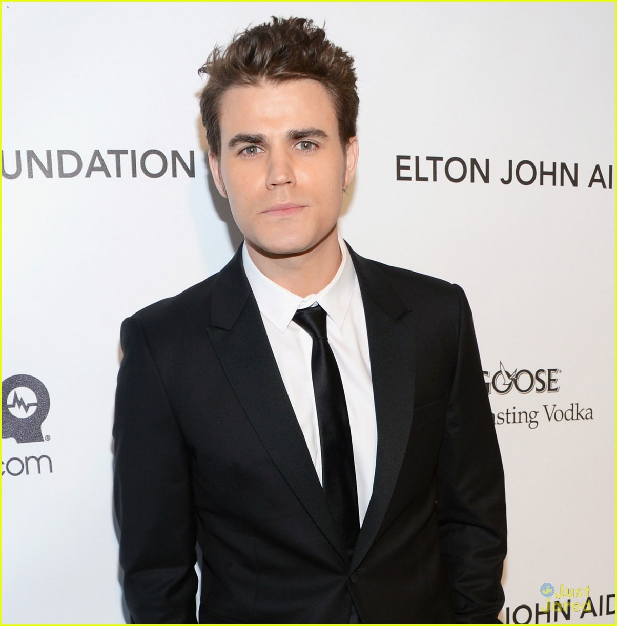 paul wesley ryan kwanten elton john oscars party 2013 06