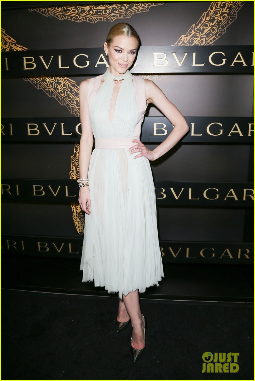 olivia wilde julianne moore bulgari serpenti event 23