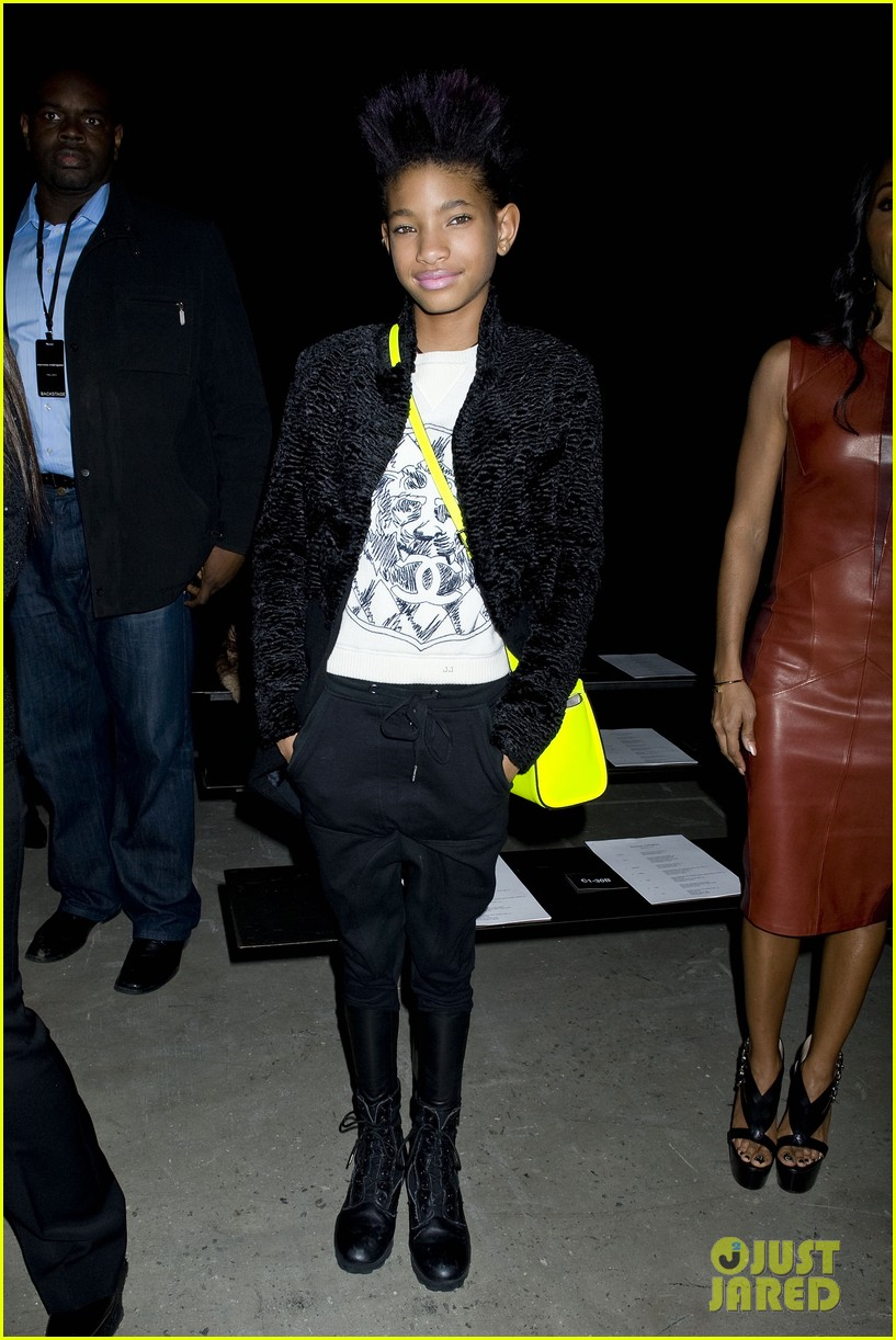willow jada pinkett smith narciso rodriguez fashion show 05