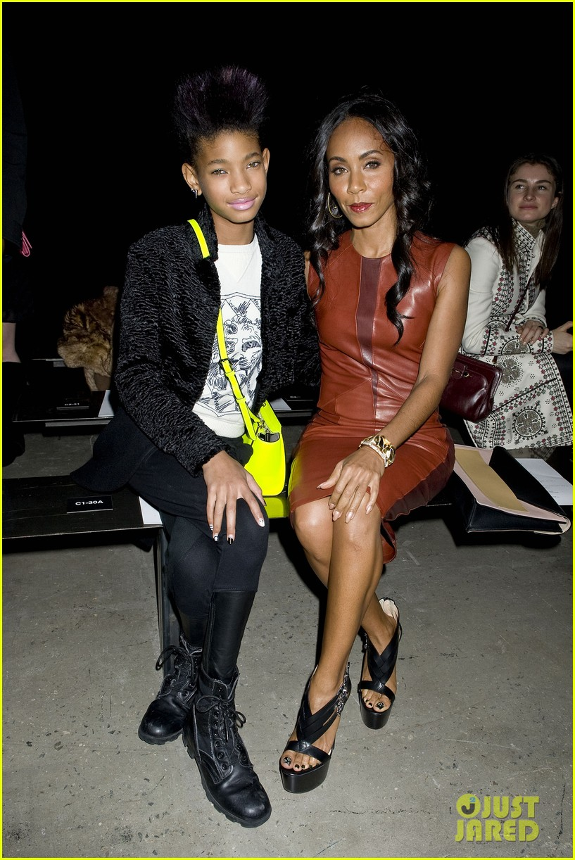 willow jada pinkett smith narciso rodriguez fashion show 06