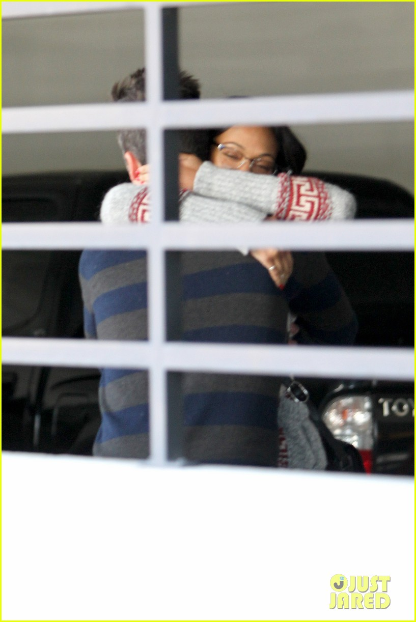 zoe saldana beverly hills beauty 09