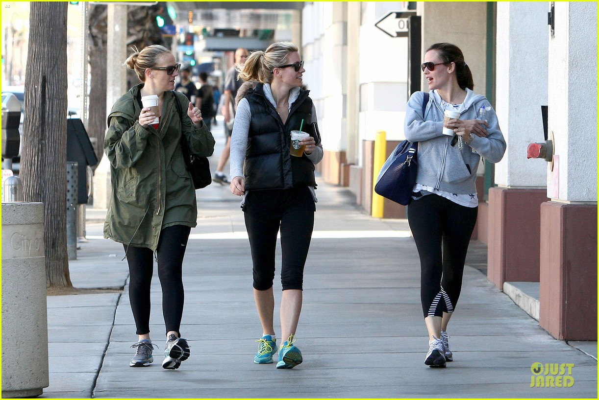ben affleck jennifer garner michaels stop with the girls 11