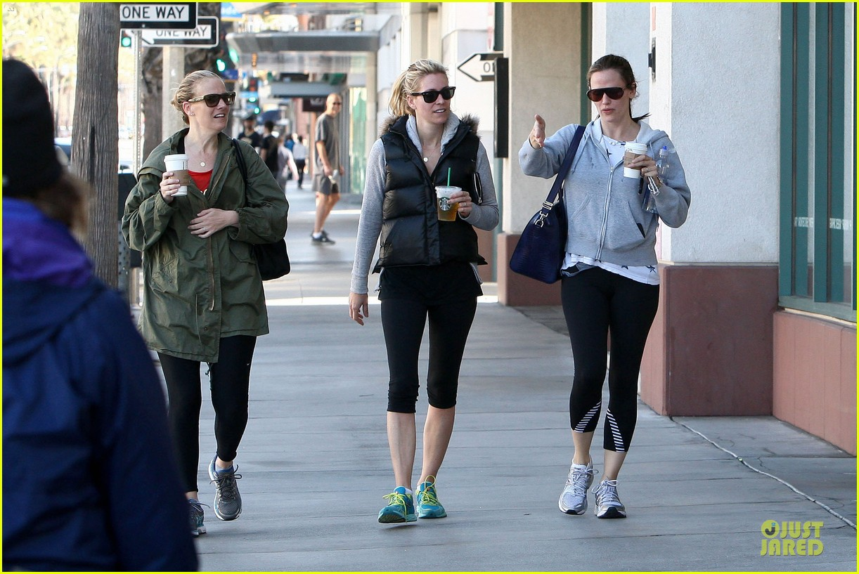 ben affleck jennifer garner michaels stop with the girls 14