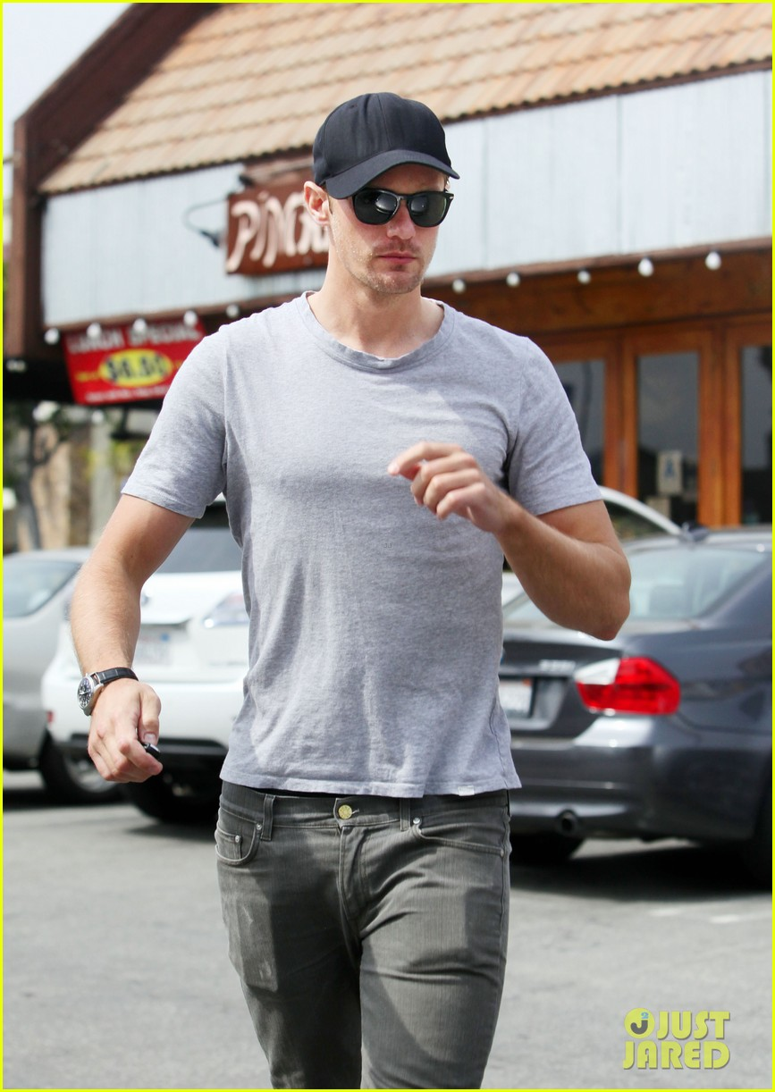 alexander skarsgard pimai its thai lunch 102833424