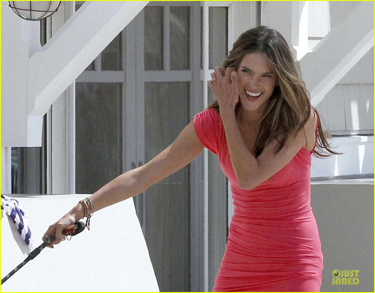 alessandra ambrosio adriana lima bright vs photo shoot 11